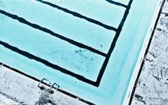 002_martingeisler_pool_blau_mg_0523